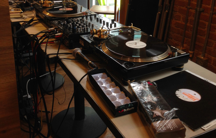 d3uncon2014_turntable